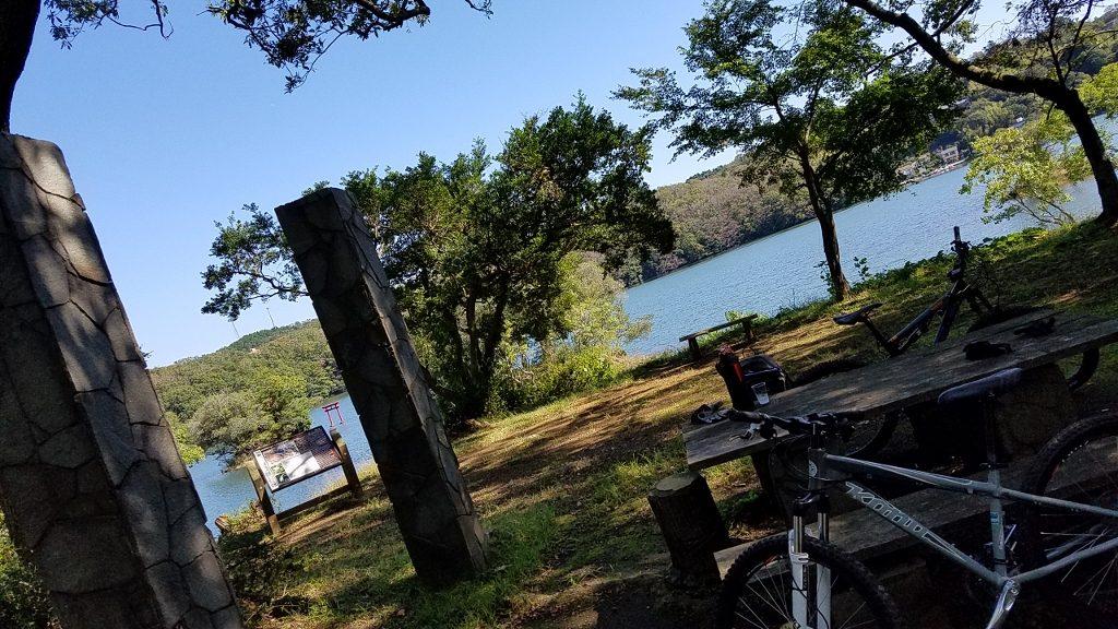 MTB 一碧湖 湖畔の風