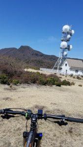 うひょ〜箒木山からのパノラマは絶景だ